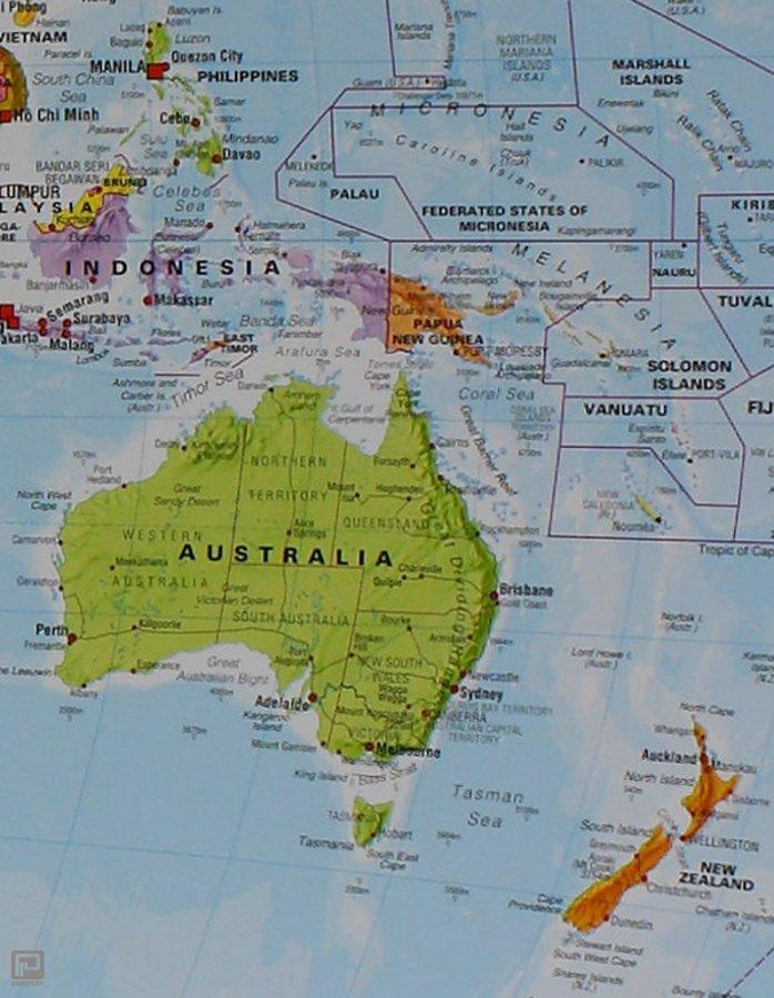 Wereldkaart politiek met vlaggen geplastificeerde plano kaart met wereldkaart politiek met vlaggen geplastificeerde plano kaart met metalen ophangstrip formaat 100 x 74 thecheapjerseys Images